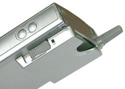 Страшный CF-карман и кнопки регулировки громкости